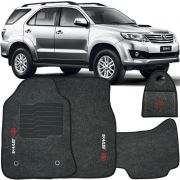 Jogo Tapete Automotivo Carpete + Lixeira Toyota Hilux SW4 2006 à 2015 Soft Logo Bordado Grafite