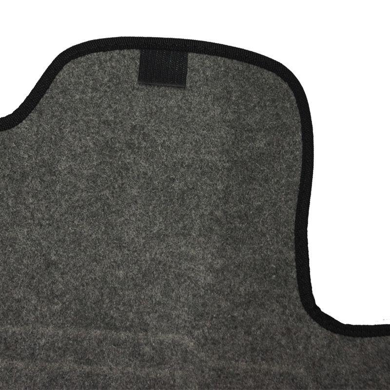 Jogo Tapete Automotivo Carpete + Lixeira Duster 2016 à 2019 Soft Logo Bordado Grafite 6 Peças