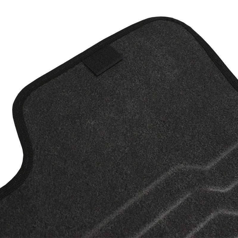 Jogo Tapete Automotivo Carpete + Lixeira Fiat Punto 2012 à 2018 Soft Logo Bordado Preto 6 Peças