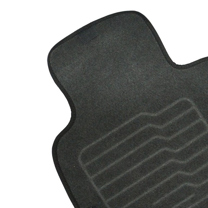 Jogo Tapete Automotivo Carpete + Lixeira Nissan Kicks 2016 à 2019 Soft Logo Bordado Preto 6 Peças