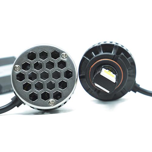 Par Lâmpada Super Led 7400 Lumens 12V 24V 48W Tech One HB4 9006 6000K
