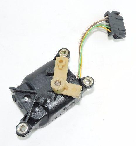 Servo Motor Atuador Do Ar Condicionado Audi A4 0132801028  - Gabisa Online Com Imp Exp de Peças Ltda - ME