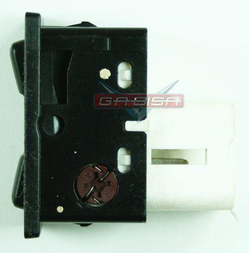 Botão Interruptor Hilux Sw4 2001 D Vidro Tras Porta Malas  - Gabisa Online Com Imp Exp de Peças Ltda - ME