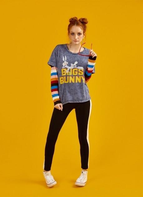 Camiseta Feminina Pernalonga Don't Touch My Carrot