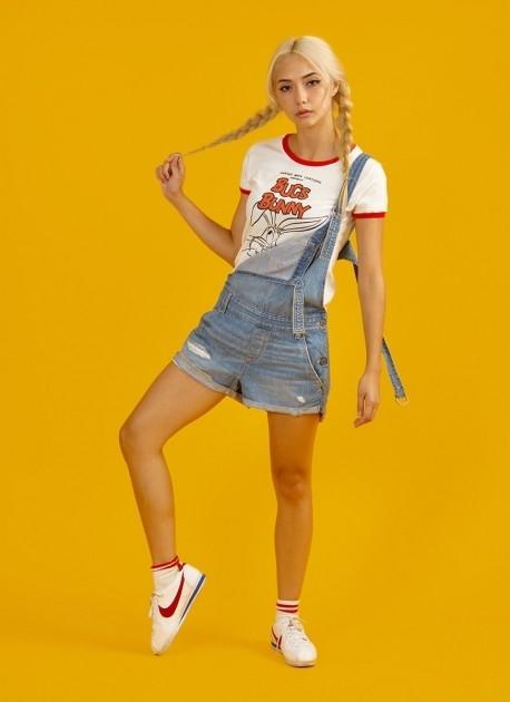 Camiseta Ringer Feminina Pernalonga Bunny Wink Wink