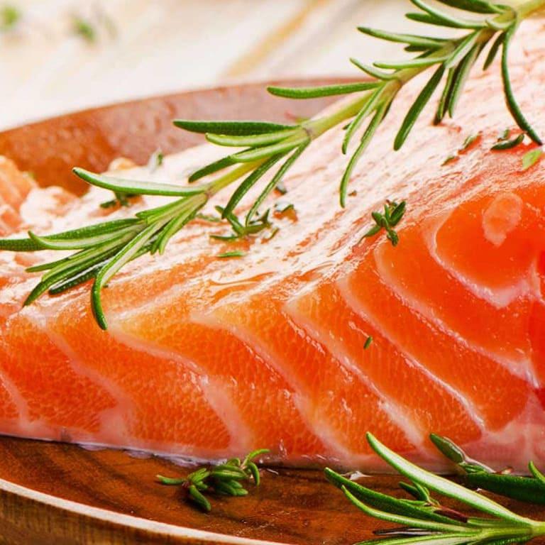 Ômega 3 e imagem de salmão