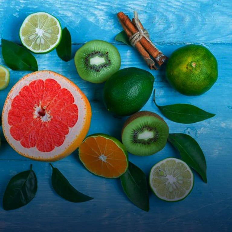 Imagem com várias frutas