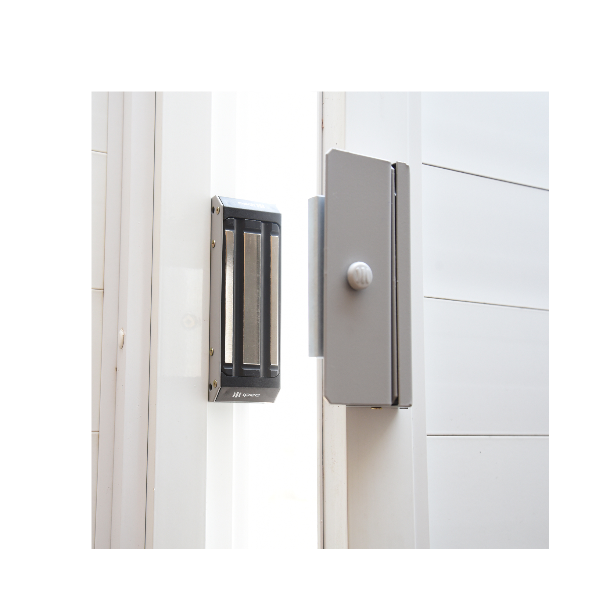 fechadura-eletrica-portao-ipec-m150-01