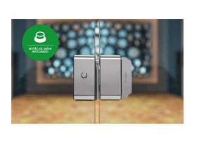 Botão de saída integrado com a Fechadura Solenoide Intelbras FS 3010 V Fail Safe para Vidro x Vidro