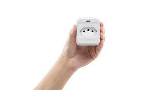 Filtro de linha contra interferências e ruídos com o Dispositivo de Proteção Elétrica Intelbras EPS 301