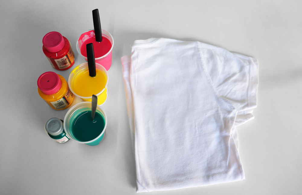 Tinta para fazer camiseta tie dye