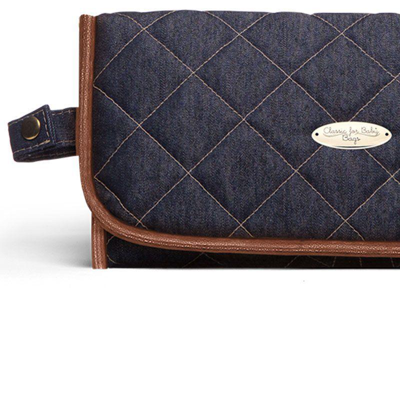 Trocador Portátil Jeans Mocca Classic for Bags Cor Azul Marinho