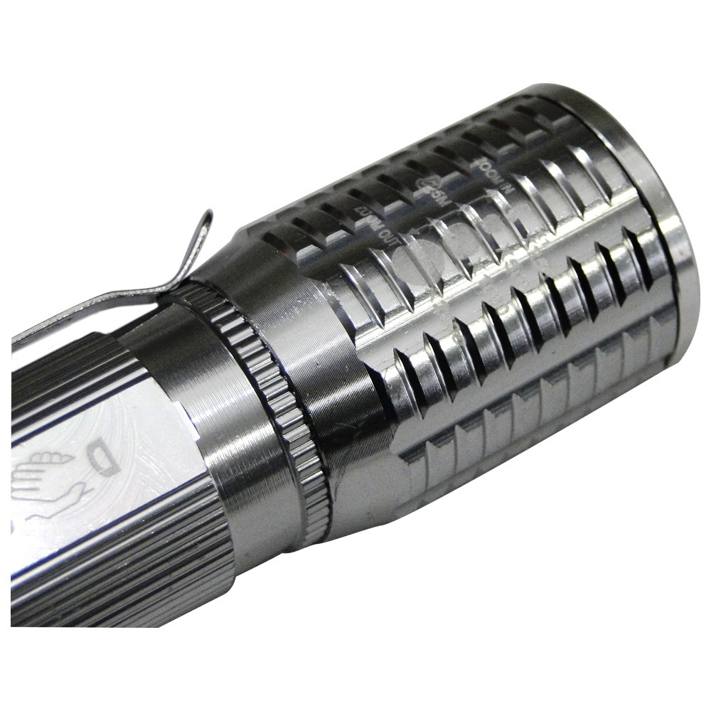 Lanterna Tática Policial Led Cree Pilhas 10cm DS-1716 Prata