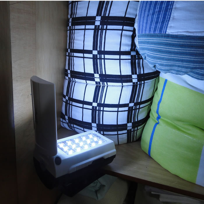 Luminária de Emergência LED Lanterna Multifunção LED-753 com 30 LEDS