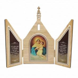 Capela Mãe Rainha Igreja Tradicional com Porta
