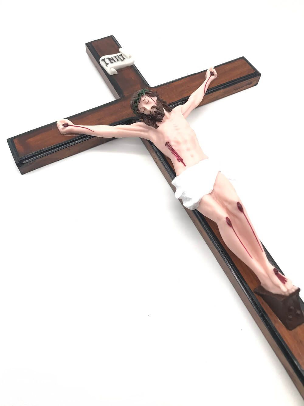 Crucifixo de Madeira para Parede com Cristo em Resina 50 cm