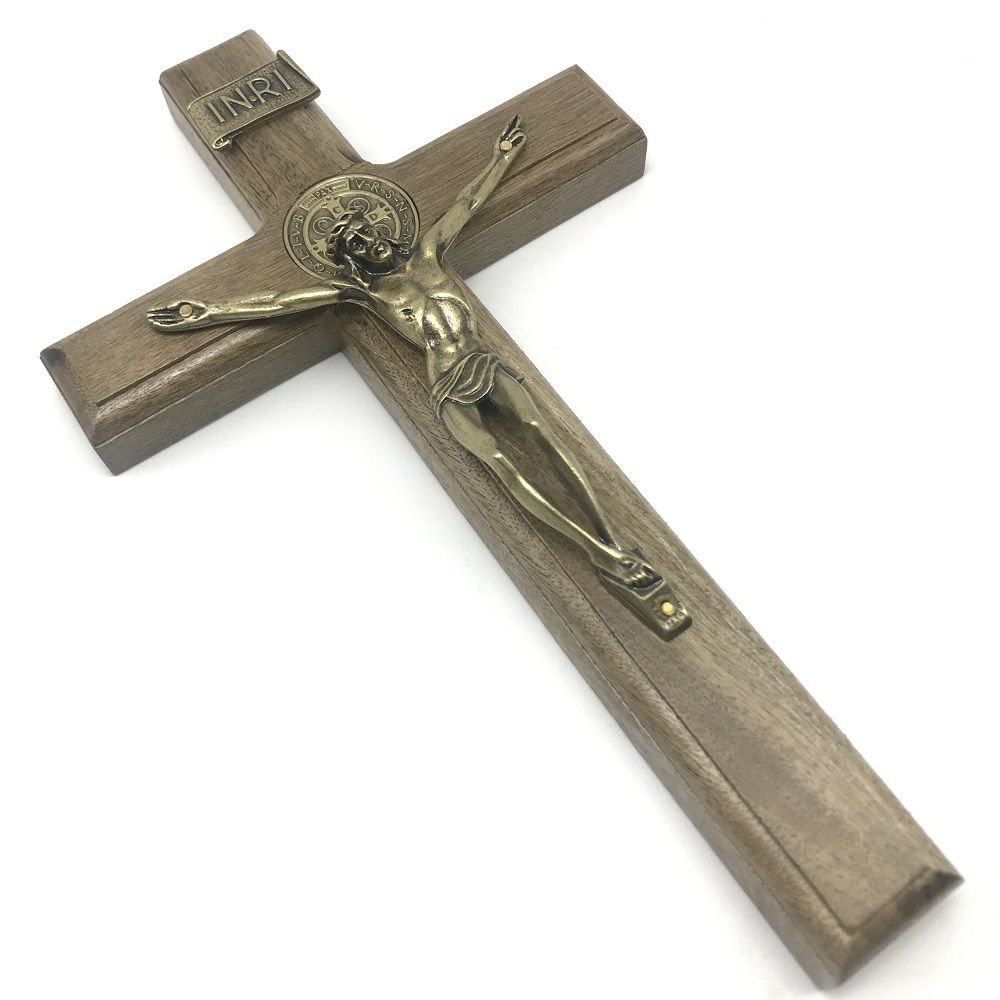 Crucifixo de Parede Madeira São Bento Metal Ouro Velho 26 cm
