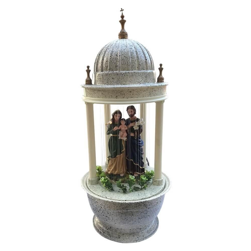 Fonte De Água Religiosa Sagrada Familia Com Luz