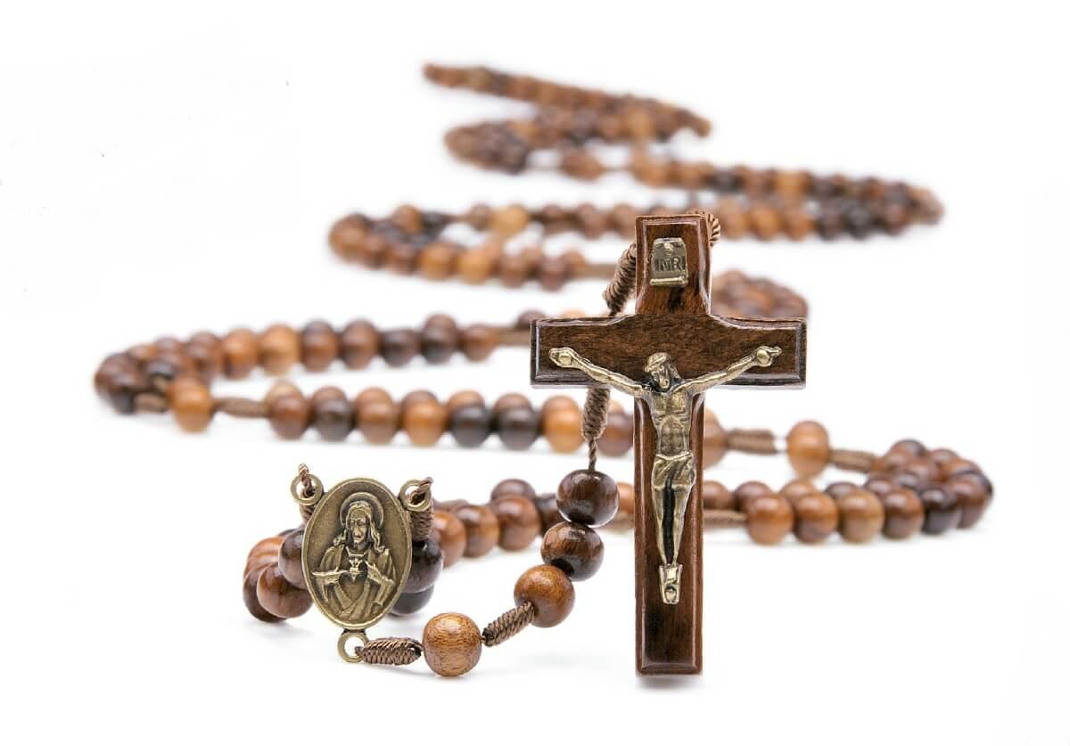 ROSÁRIO COM TRIÂNGULO DO SAGRADO CORAÇÃO DE JESUS E VERSO NOSSA SENHORA DAS GRAÇAS