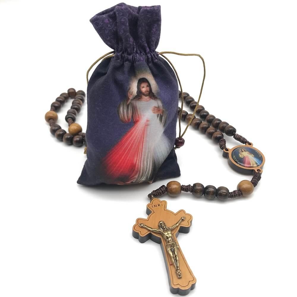 Terço Jesus Misericordioso Madeira com Saquinho de Tecido
