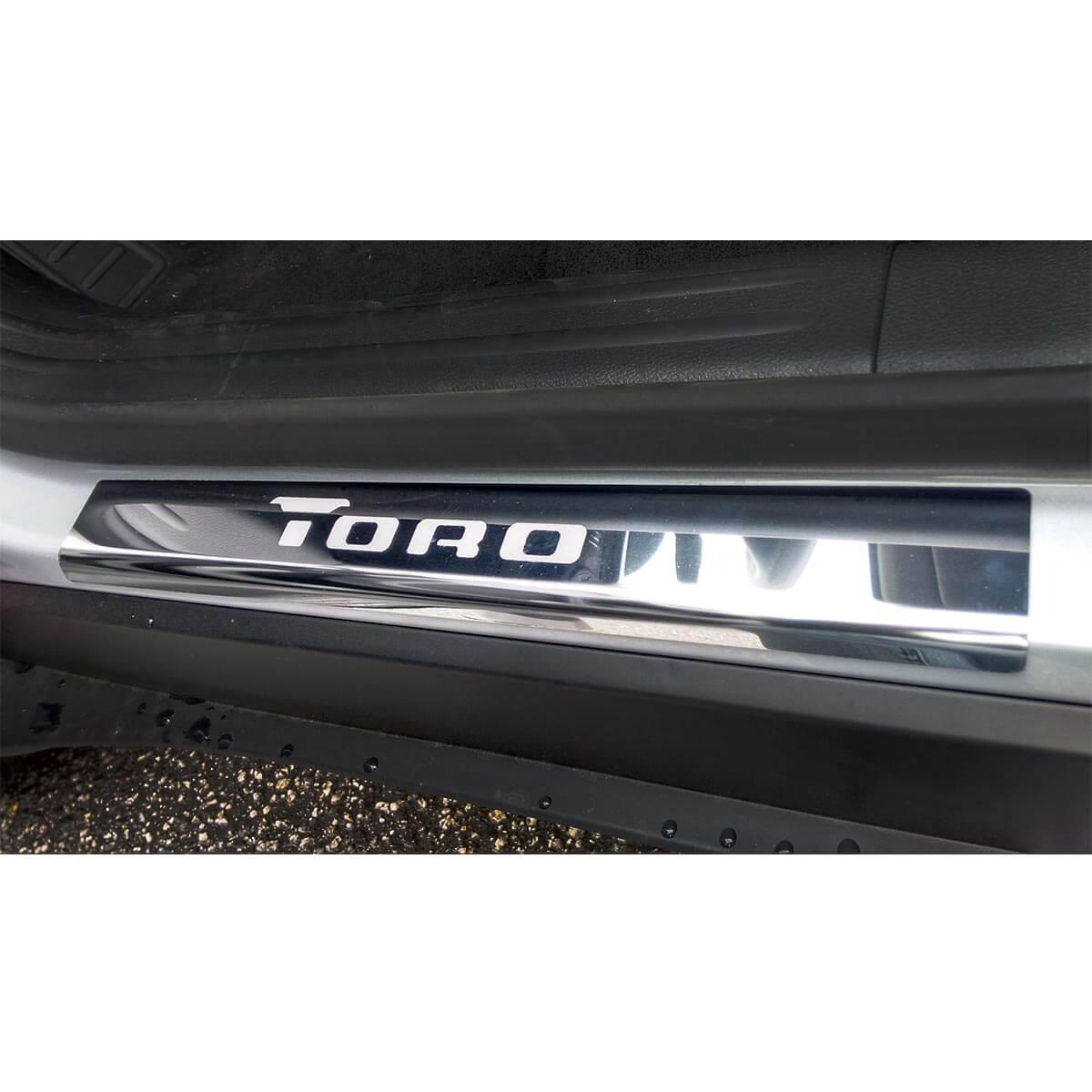 Protetor de soleira aço inox Fiat Toro 2017 a 2022