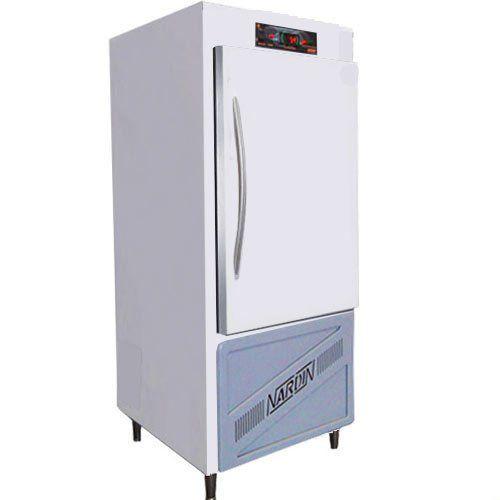 Câmara Refrigerada p/ Vacinas e Medicamentos 220L Nardin GVC220 Branca 220V  - ZIP Automação