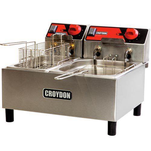 Fritadeira Elétrica 2 Cubas Inox 3L e 4,5L Croydon F1AB 220V  - ZIP Automação