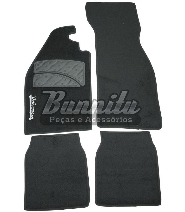 Tapete de carpete modelo 4 peças na cor preta para VW Fusca  - Bunnitu Peças e Acessórios