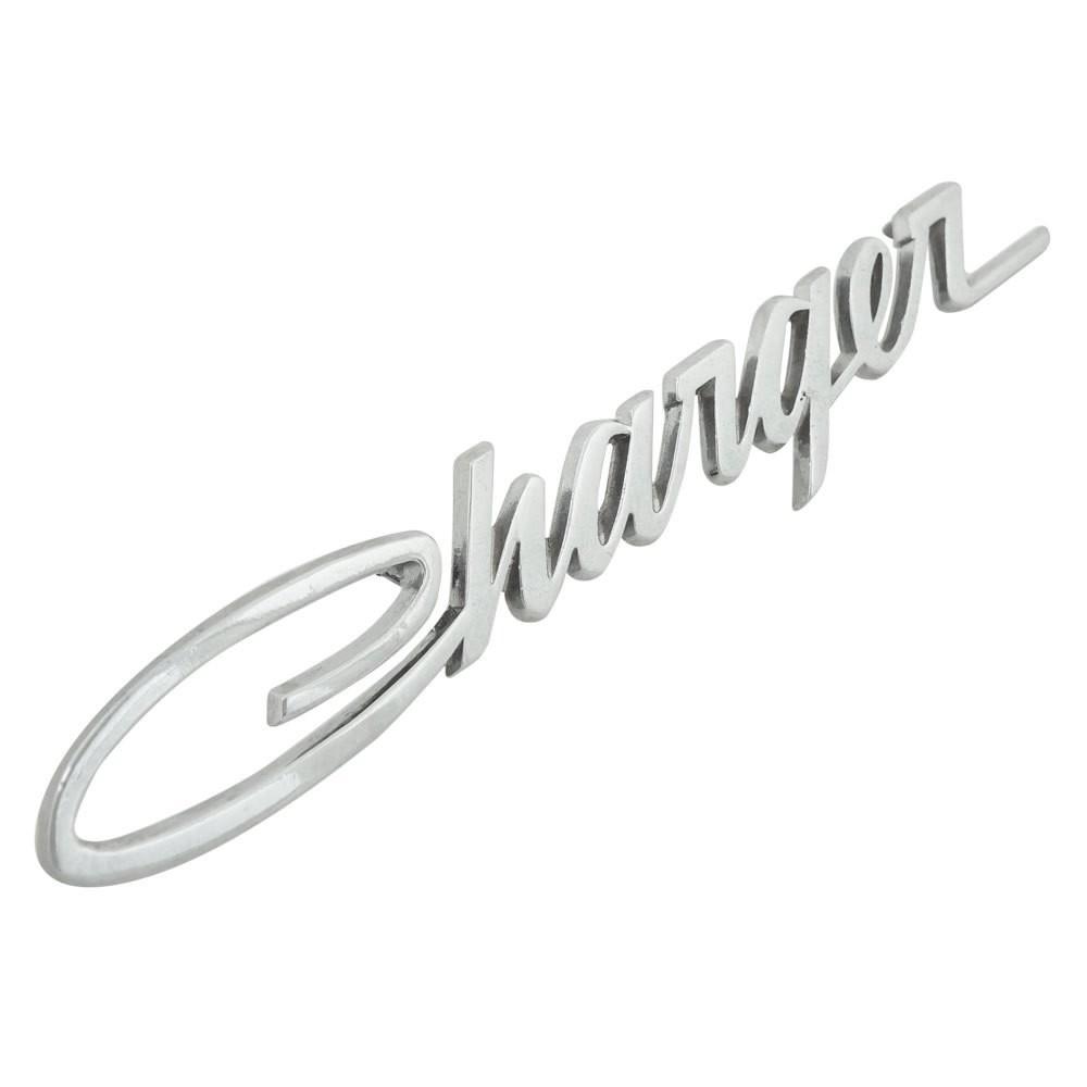 Emblema lateral Chrysler Charger R/T e LS 1971 à 1977 com bordas pretas  - Bunnitu Peças e Acessórios