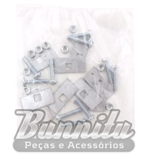 Borrachão do parachoque modelo largo com grampo para VW Brasília  - Bunnitu Peças e Acessórios