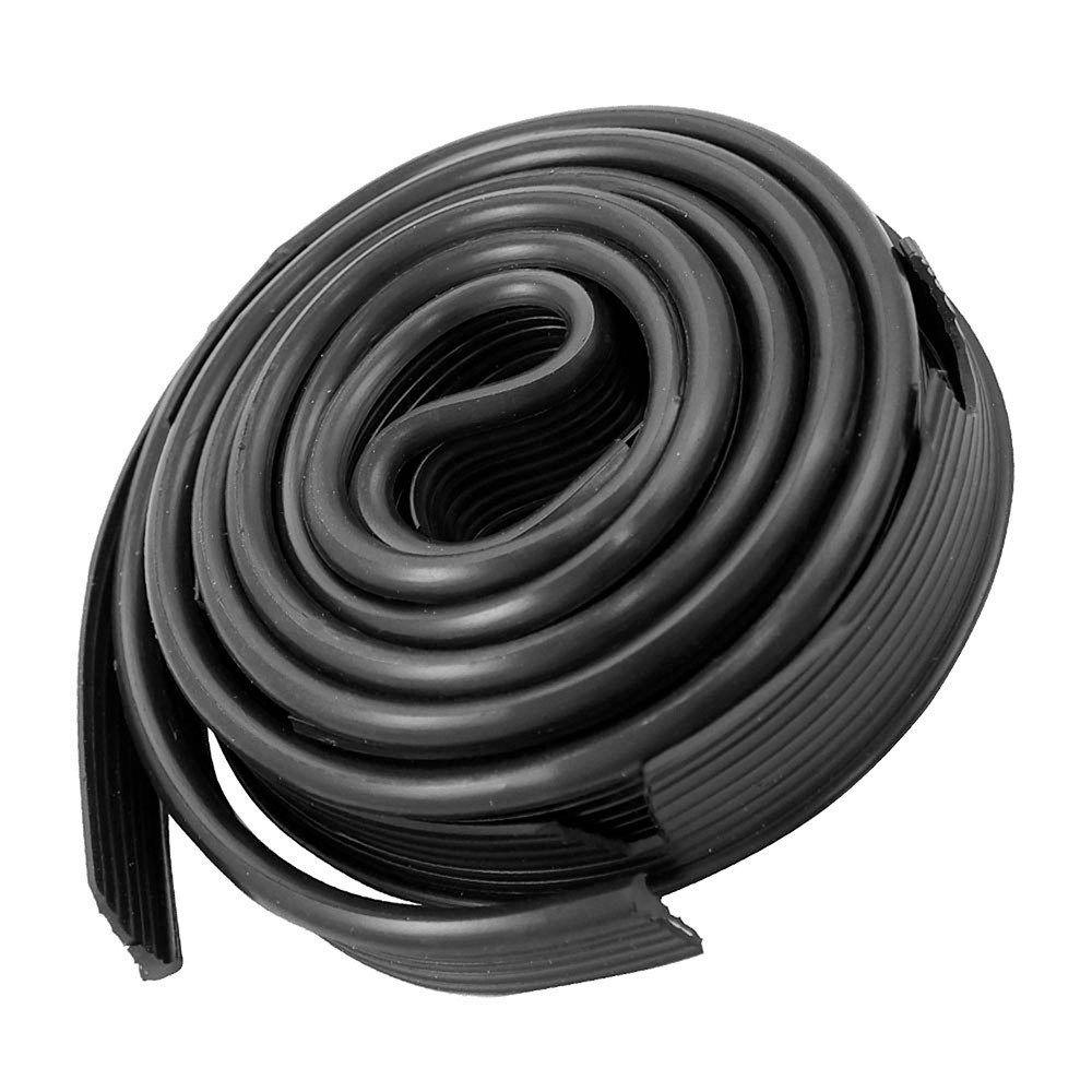 Deblun galão do paralama na cor preta para VW Brasilia  - Bunnitu Peças e Acessórios