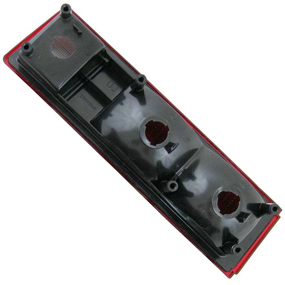 Lanterna traseira acrílica vermelha com ré para GM Chevette 1980 à 1982 - Lado do Motorista  - Bunnitu Peças e Acessórios