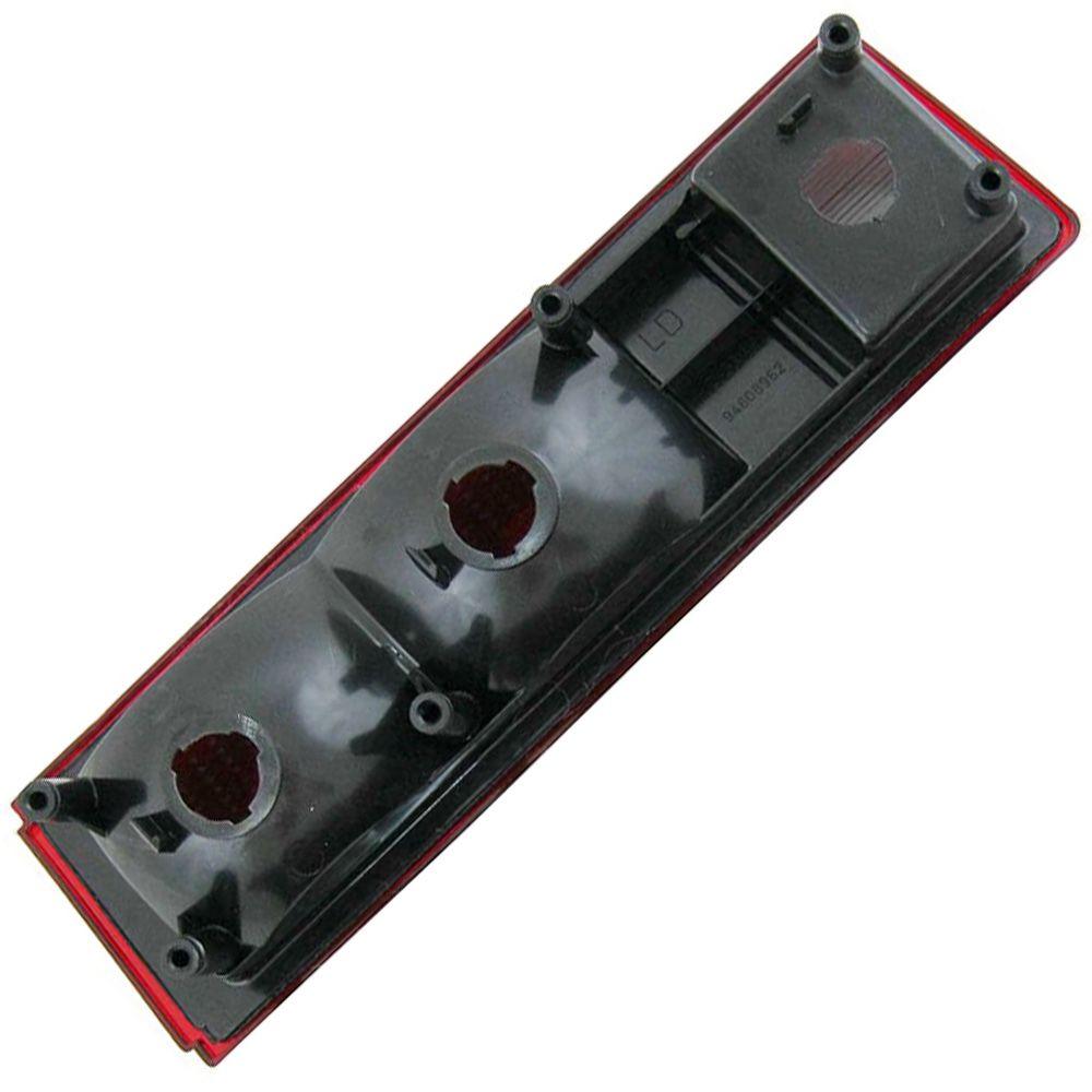 Lanterna traseira acrílica vermelha com ré para GM Chevette 1980 à 1982 - Lado do Passageiro  - Bunnitu Peças e Acessórios