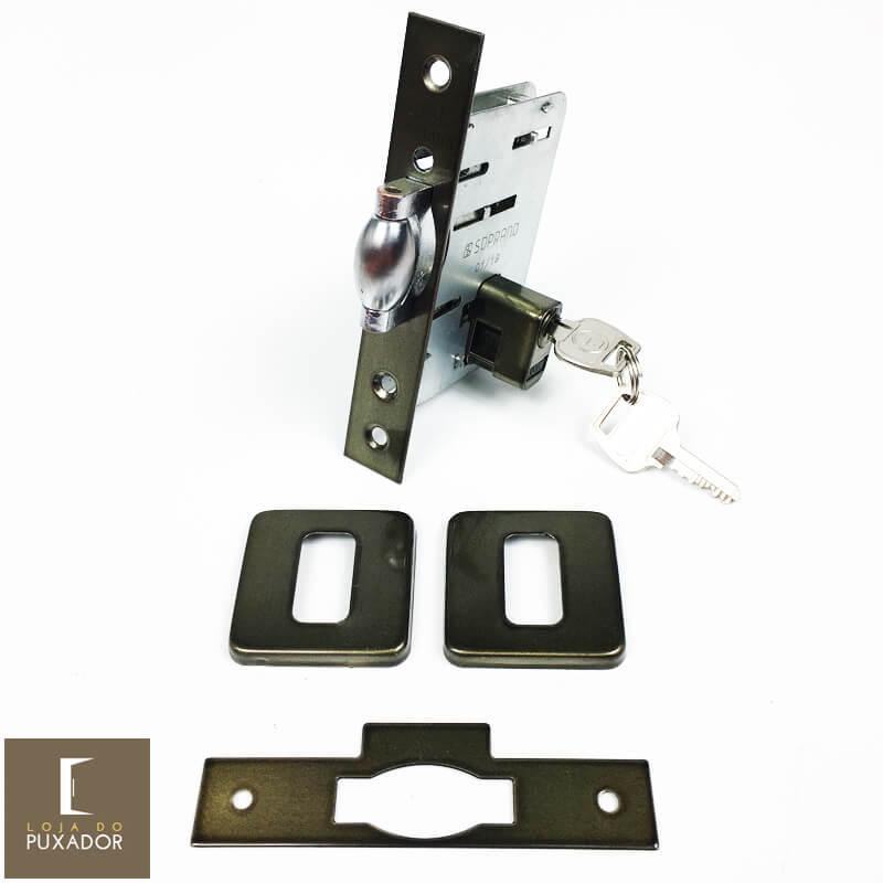 Fechadura Soprano Trinco Rolete Pivotante Pratice Antique Ouro Velho com Roseta Quadrada 65 mm ( PORTA GROSSA ATÉ 5,5 CM )   - Loja do Puxador