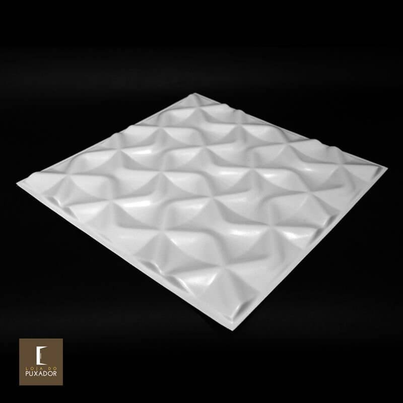 REVESTIMENTO PAINEL PAREDE 3D ALTO RELEVO 50x50 ( 3D BOARD )  PLÁSTICO PSAI ALTO IMPACTO MODELO LION BRANCO valor por placa.  - Loja do Puxador