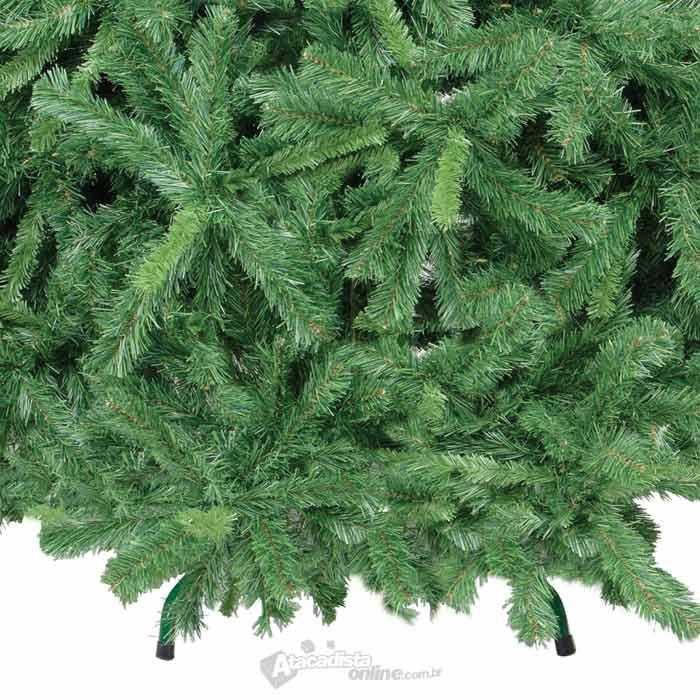 Arvore de Natal Pinheiro Imperial 2,10m verde 1120 galhos 11,1 Kg + pés metal + brinde - Natalia Chr