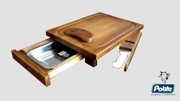 Kit Churrasco - Faca Personalizada e Tábua de Carne com Compartimento