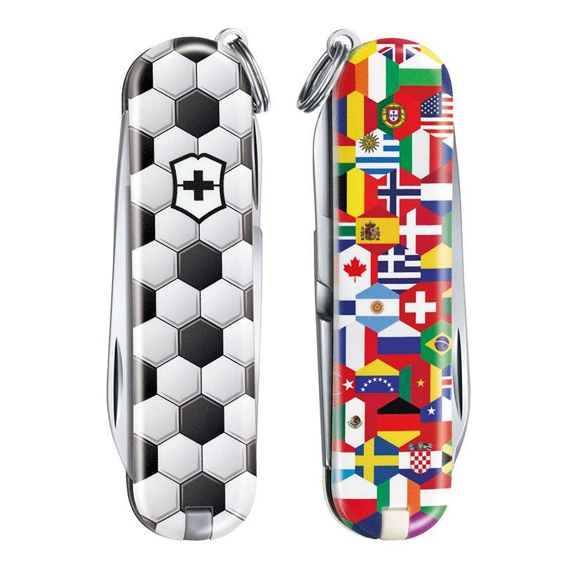 Canivete Victorinox Classic SD World of Soccer Edição Limitada 2020 0.6223.L2007
