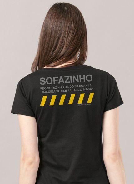 Camiseta Feminina Luan Santana Sofazinho de Dois Lugares