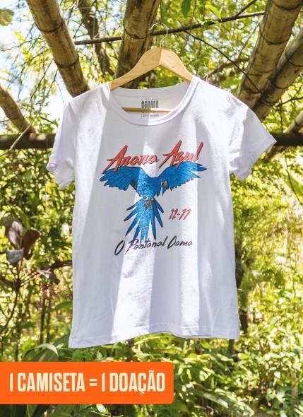Camiseta Feminina O Pantanal Chama <b>Arara Azul</b>