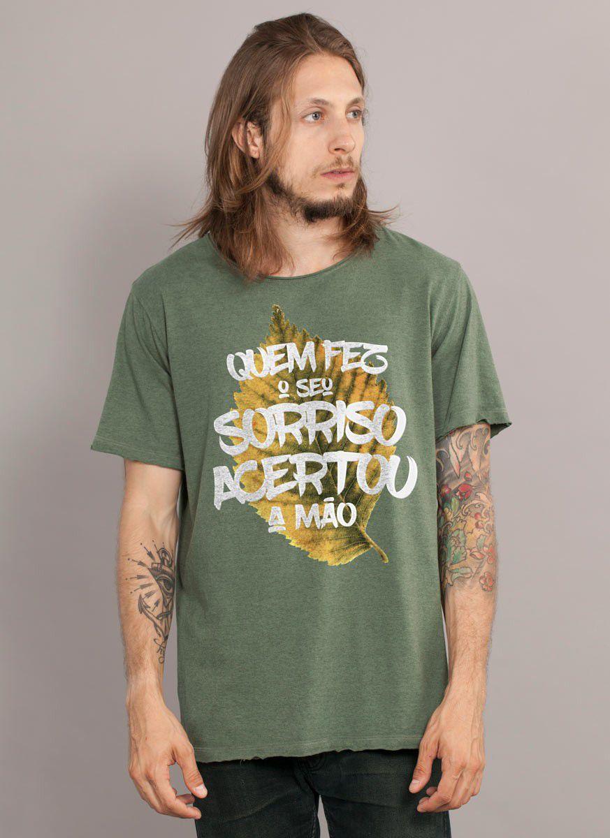 Camiseta Masculina Luan Santana Quem Fez o Seu Sorriso