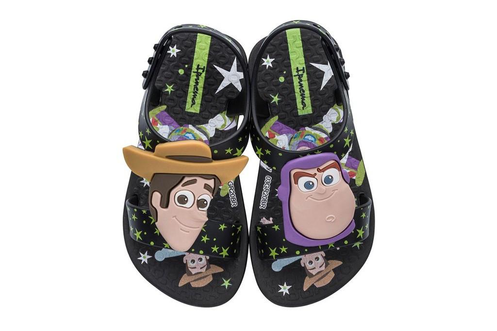 Sandália Toy Story Ipanema Infantil Clássicos Disney Baby Preto/Preto/Marrom
