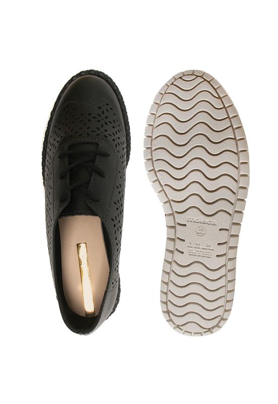 Sapato Oxford Moleca Feminino Napa Turim Perfuros 5654101 Preto
