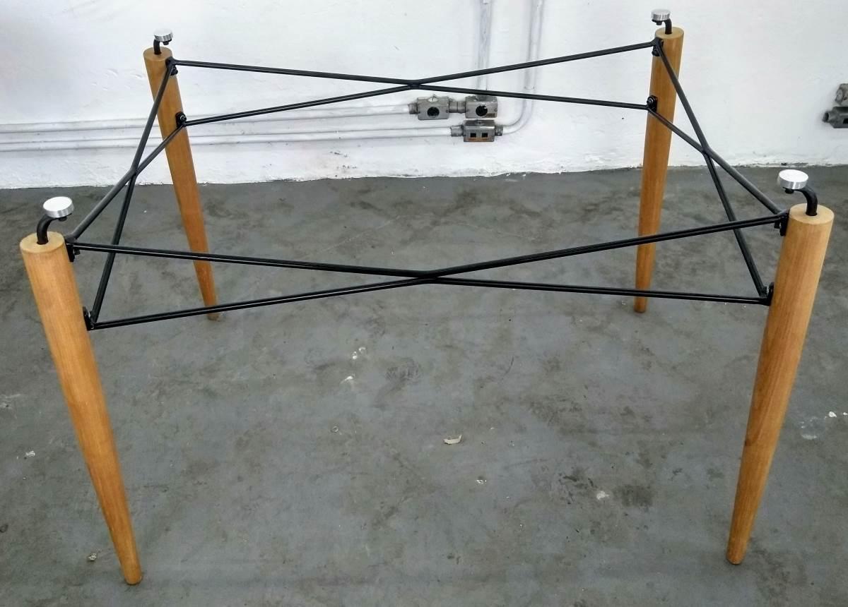 Base de Mesa Eames Retangular