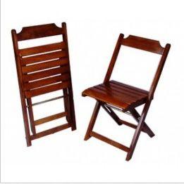Cadeira Dobravel em Madeira com Acabamento em Verniz PU