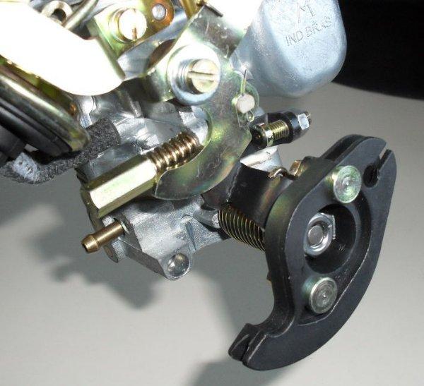 Carburador Uno 1.0 Mille Simples A gasolina modelo Weber c/Roldana
