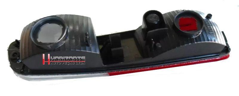 Refletor Olho de Gato Para-choque Traseiro com Ré Lado Direito Pajero Full - até 2007
