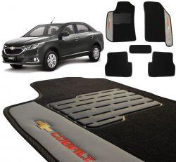 Jogo de Tapetes Carpete Chevrolet Cobalt Preto Bordado 5 Peças