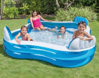 Piscina Familiar com Assentos e Porta Copos 990 Litros Intex