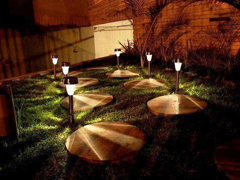 Luminária Solar Inox Balizadora fotossensível Recarregável - Ordene
